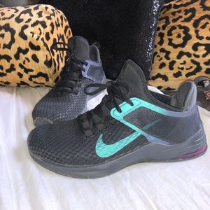 Nike air holographic tennis shoes